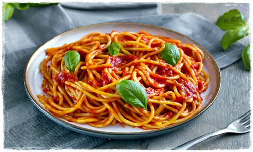 Spaghetti al pomodoro e basilico Cattur86