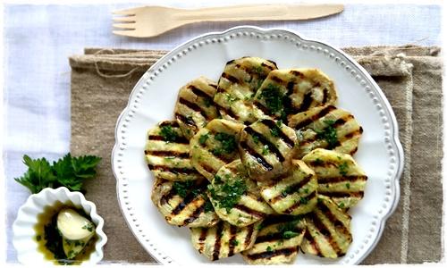 Melanzane grigliate con olio all'aglio e prezzemolo Melanz17