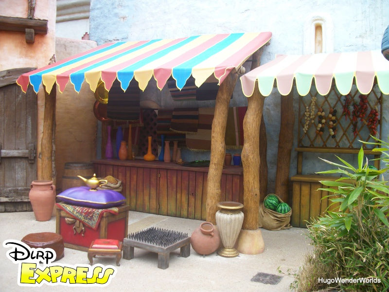 Adventureland sur le Rythme de la Jungle & La Lampe Magique d'Aladdin (2011) - Page 2 Imgp8910