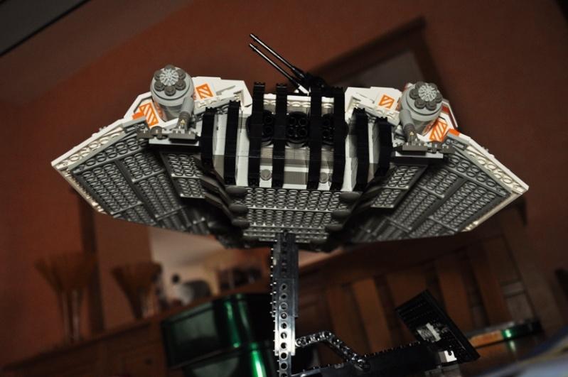 Lego - 10129 - UCS Snowspeeder Dsc_0015