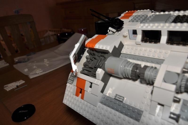 Lego - 10129 - UCS Snowspeeder Dsc_0017