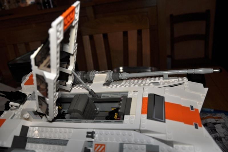 Lego - 10129 - UCS Snowspeeder Dsc_0018