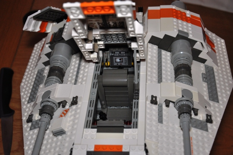 Lego - 10129 - UCS Snowspeeder Dsc_0019