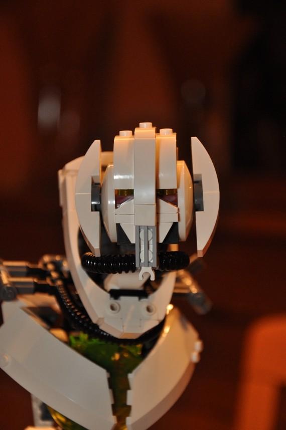 Lego - 10186 - UCS General Grievous Dsc_0144
