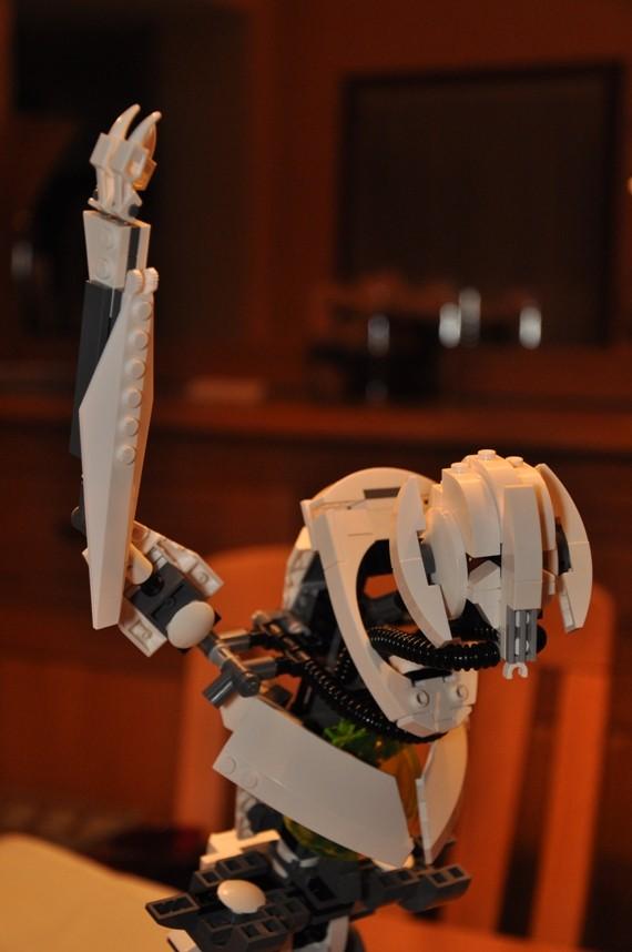 Lego - 10186 - UCS General Grievous Dsc_0145