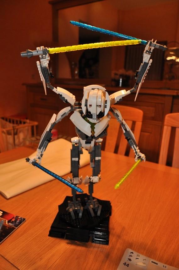 Lego - 10186 - UCS General Grievous Dsc_0148