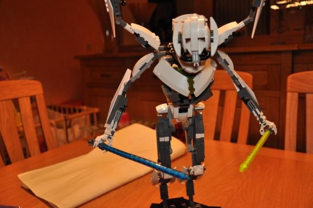 Lego - 10186 - UCS General Grievous Dsc_0152