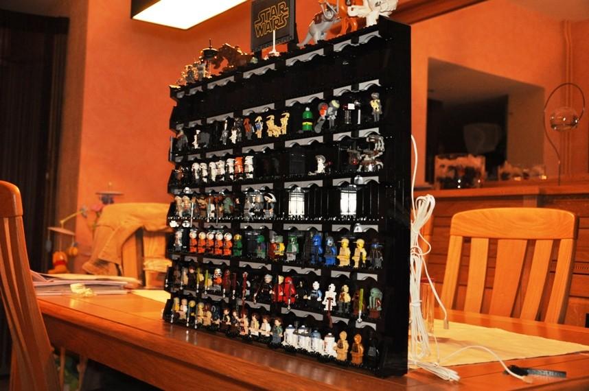 Lego - Présentoir Minifig Star Wars Dsc_0185