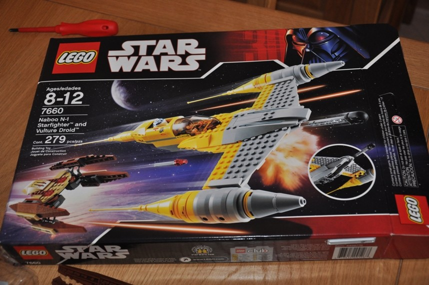 Lego - 7660 Naboo N-1 Starfighter et Vulture droid Dsc_0310