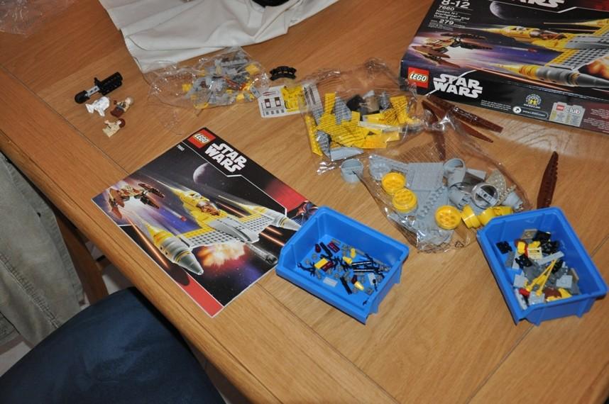 Lego - 7660 Naboo N-1 Starfighter et Vulture droid Dsc_0311