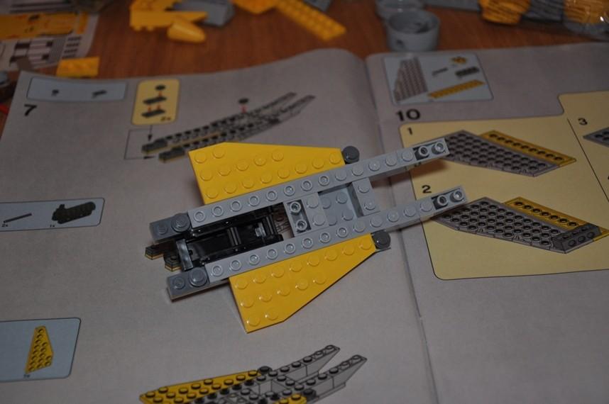 Lego - 7660 Naboo N-1 Starfighter et Vulture droid Dsc_0312