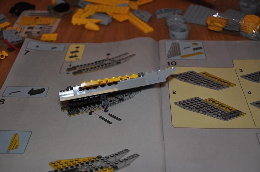Lego - 7660 Naboo N-1 Starfighter et Vulture droid Dsc_0313