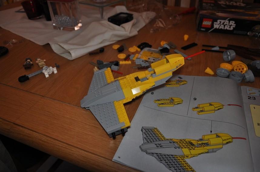 Lego - 7660 Naboo N-1 Starfighter et Vulture droid Dsc_0318
