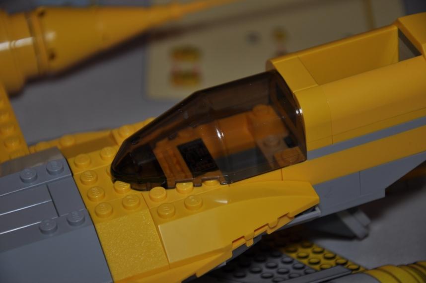 Lego - 7660 Naboo N-1 Starfighter et Vulture droid Dsc_0325