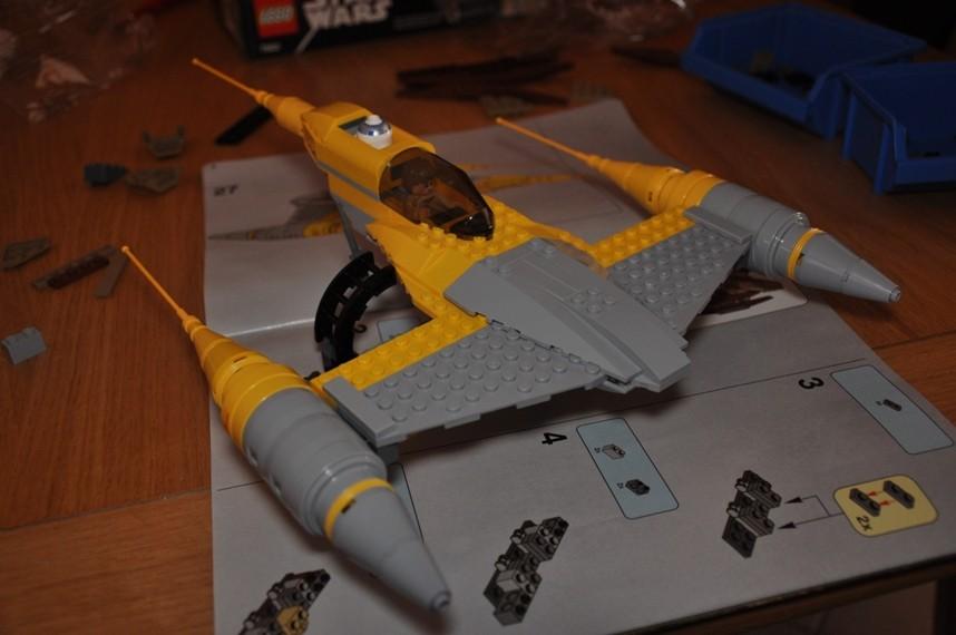 Lego - 7660 Naboo N-1 Starfighter et Vulture droid Dsc_0335