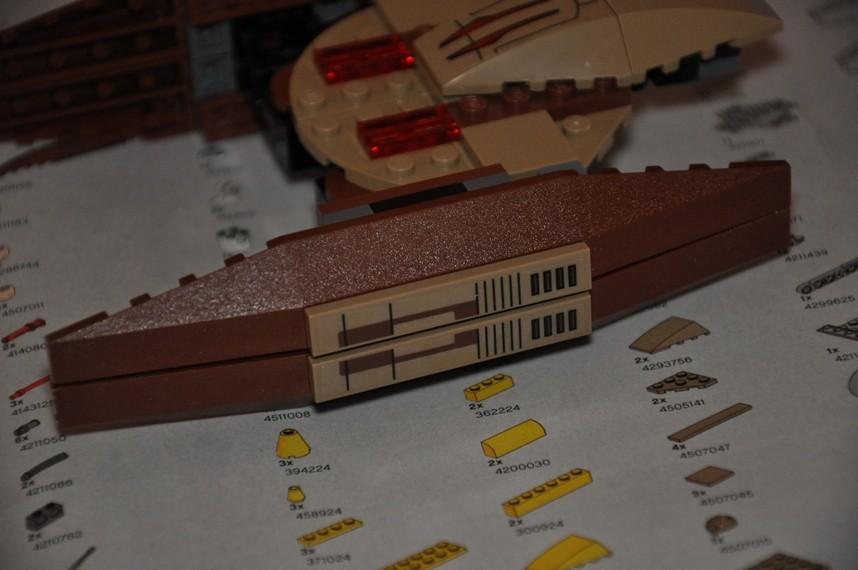 Lego - 7660 Naboo N-1 Starfighter et Vulture droid Dsc_0337
