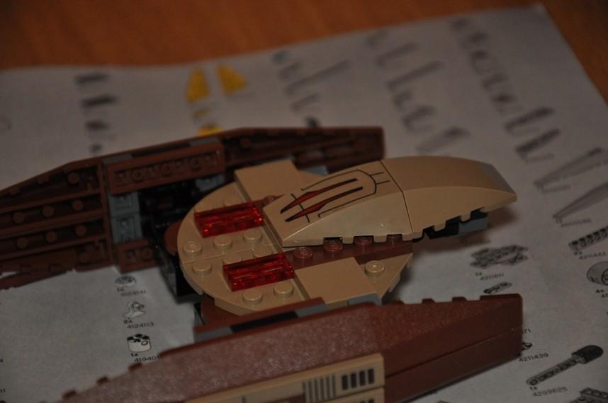 Lego - 7660 Naboo N-1 Starfighter et Vulture droid Dsc_0338