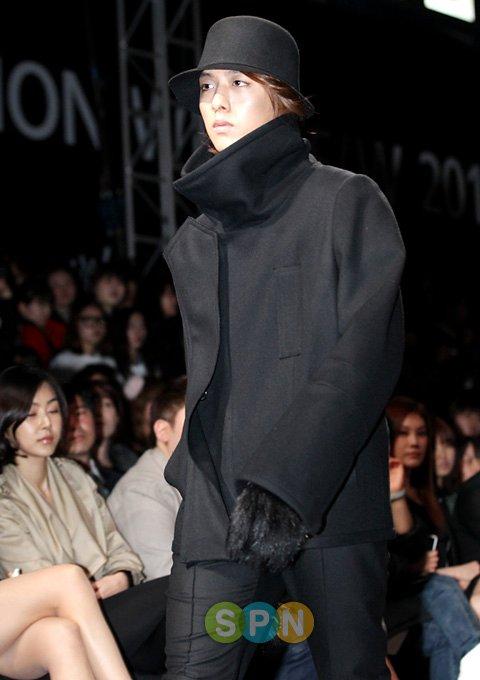 Lee Jeong Shin Seoul Fashion Week ! ♥ 1110