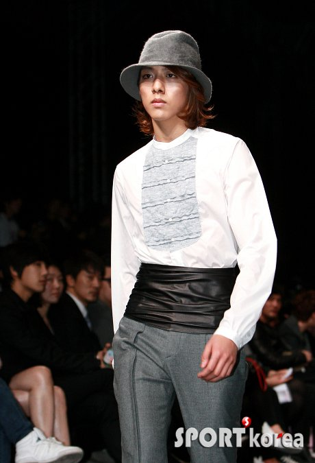 Lee Jeong Shin Seoul Fashion Week ! ♥ 1310