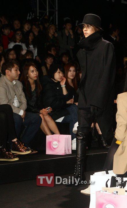 Lee Jeong Shin Seoul Fashion Week ! ♥ 1610