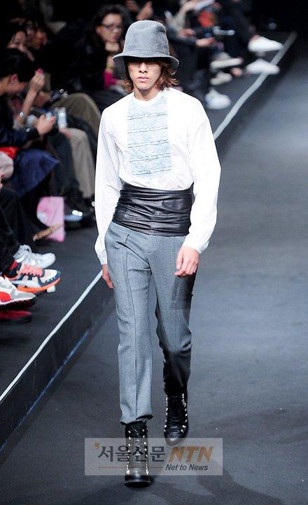 Lee Jeong Shin Seoul Fashion Week ! ♥ 210