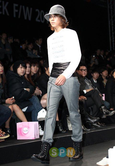 Lee Jeong Shin Seoul Fashion Week ! ♥ 710