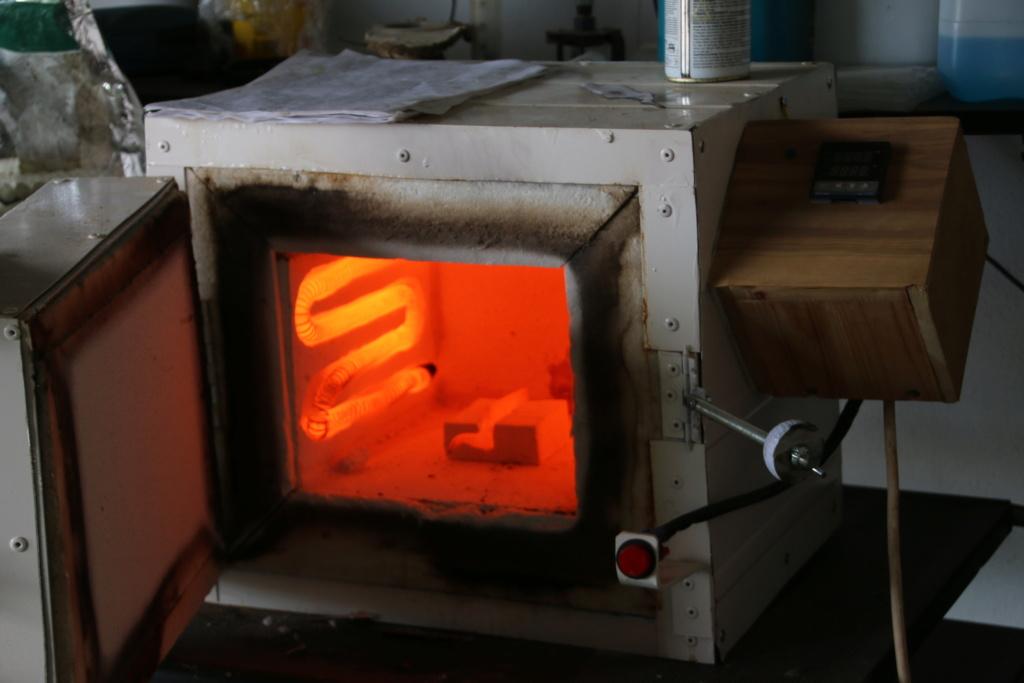Tuto - Fabrication d'un four de trempe pas à pas - Page 2 Img_1710