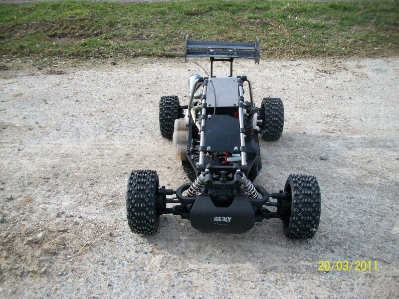 Buggy Carbon Fighter GP 2WD RtR 100_0210