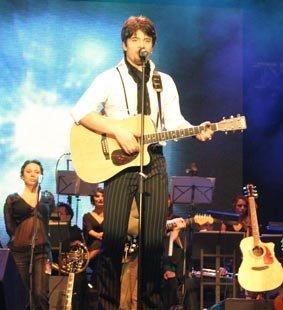 Toše slike sa koncerta - Page 4 N1645011