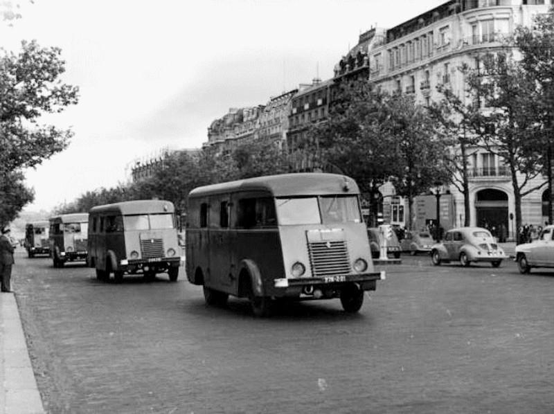 N°16- Berliet GLB R 19 Aérazur Car de commandement C.R.S 9ab19810
