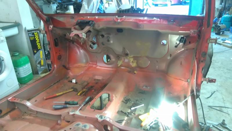 [HarikenRed]  205 GTI 1L9 - Rouge - 1992 (Restauration 100%) 14_tab11