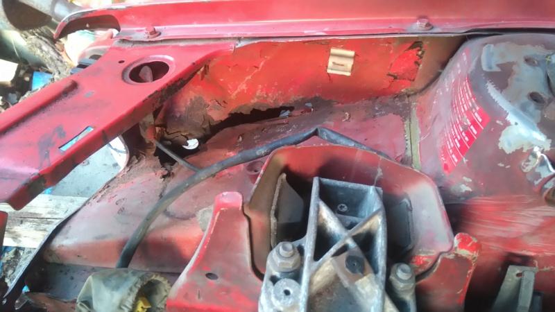 [HarikenRed]  205 GTI 1L9 - Rouge - 1992 (Restauration 100%) 9_aile10