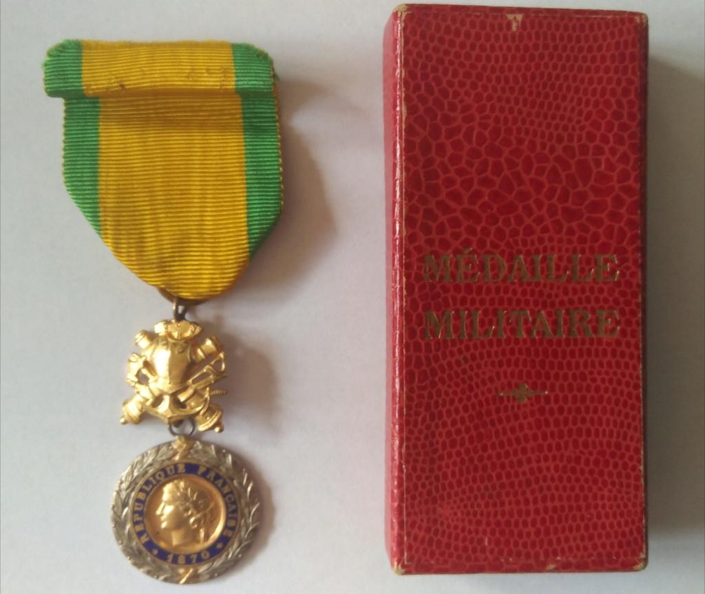 Médaille militaire uniface Img_1242