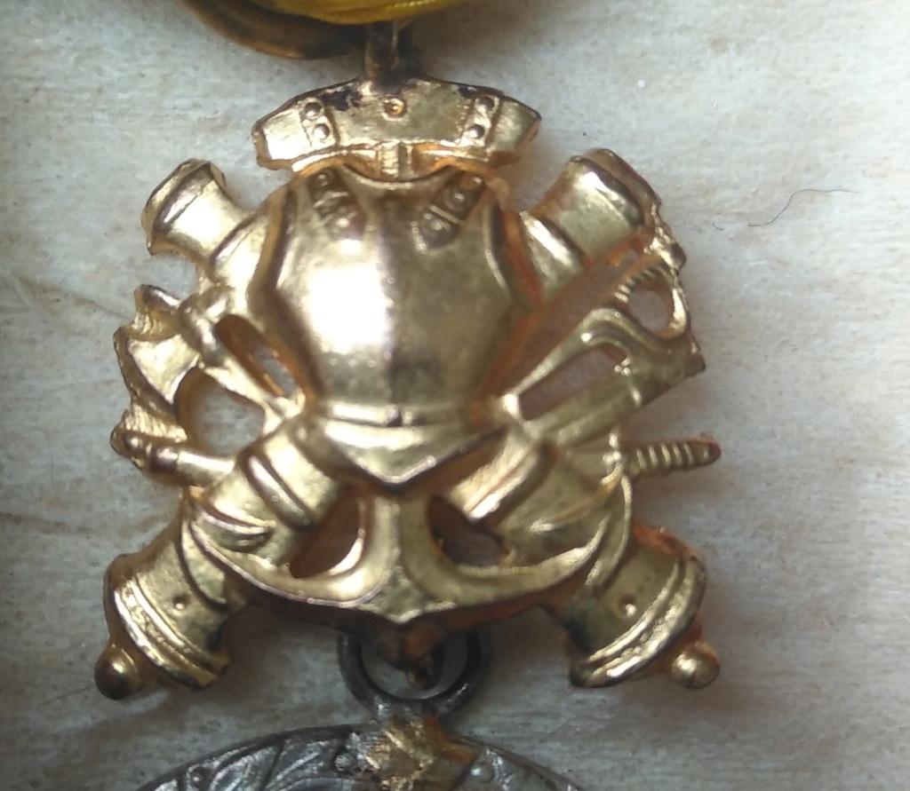 Médaille militaire uniface Img_1247