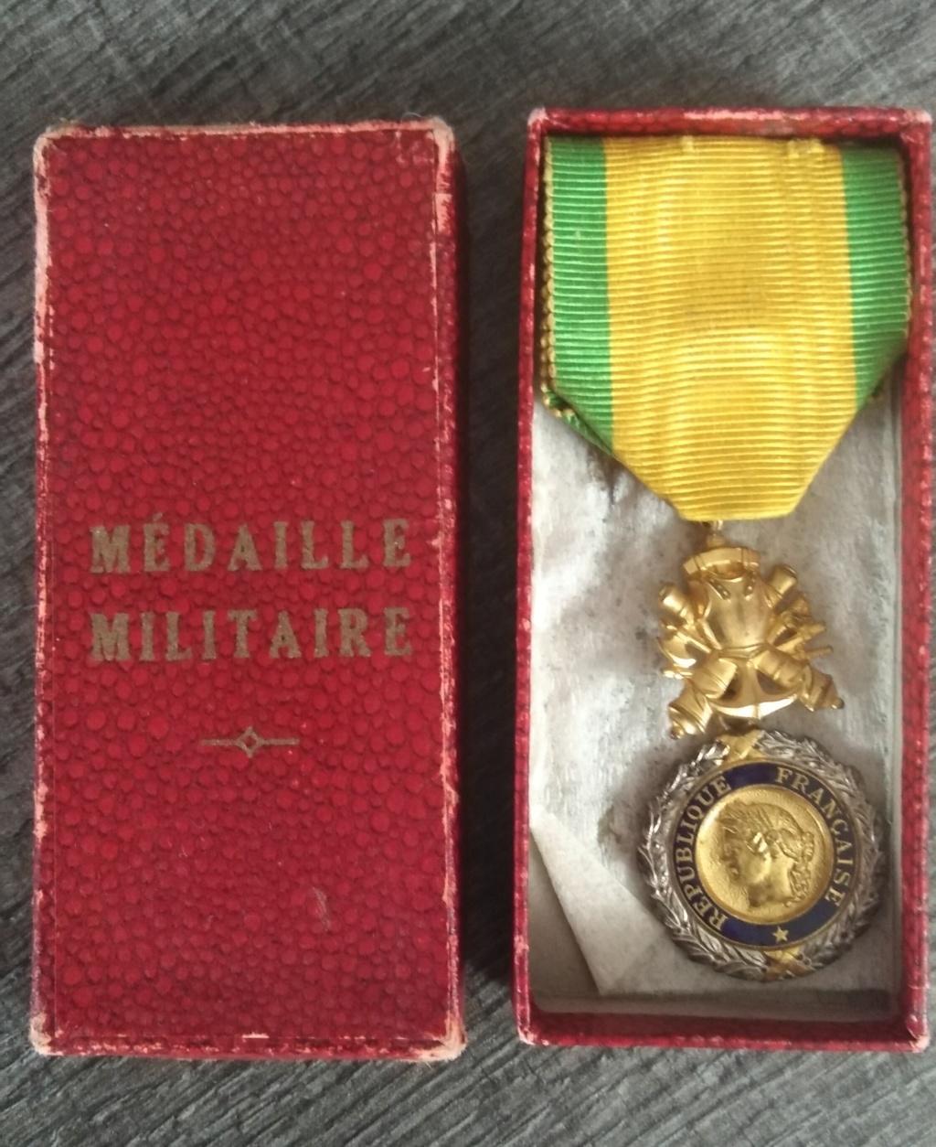 Médaille militaire uniface Img_1248