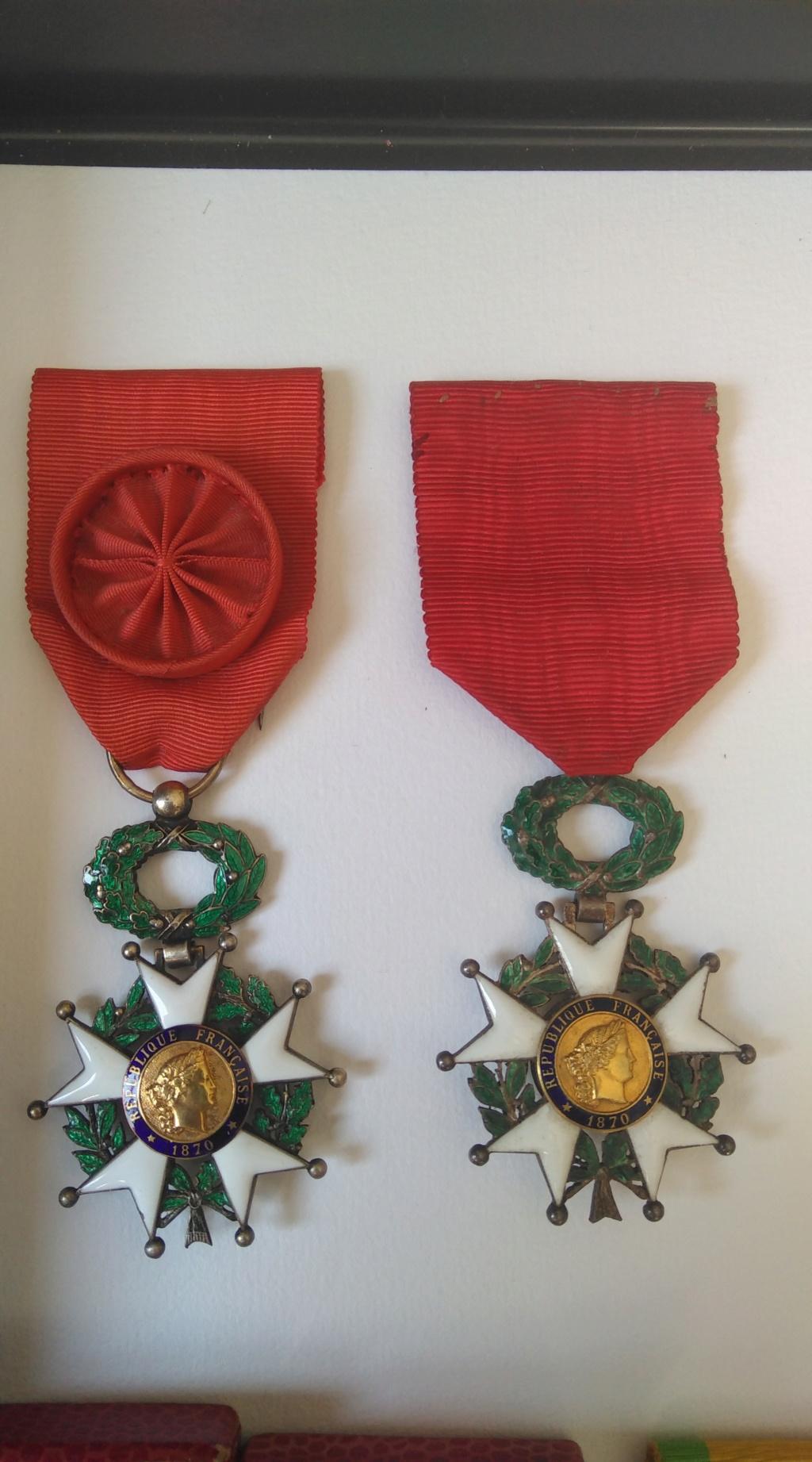 Chevalier et officier de la légion d'honneur Img_1280