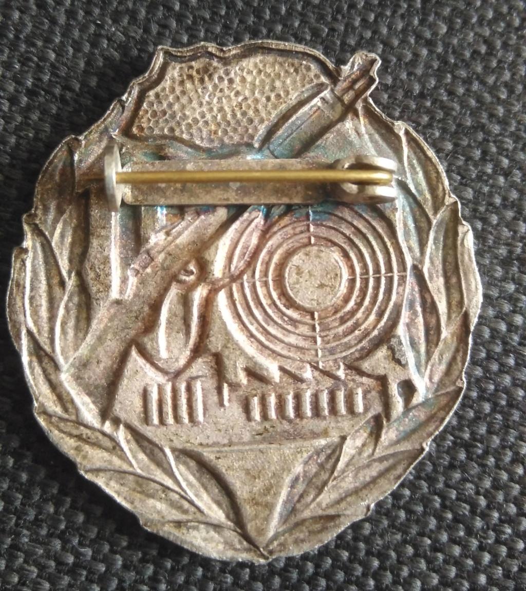 Insigne à identifier Img_1936
