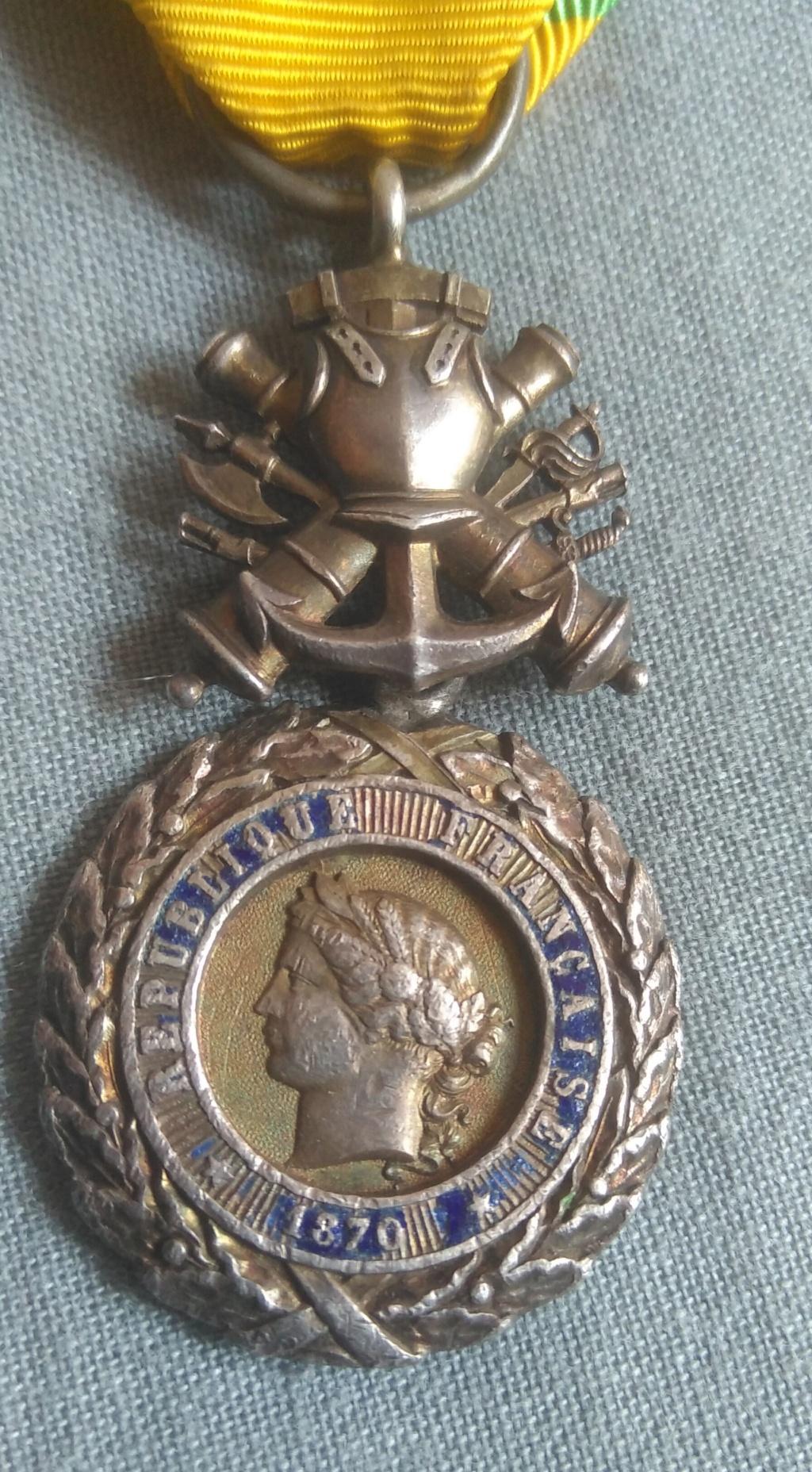 Médaille militaire Img_1988