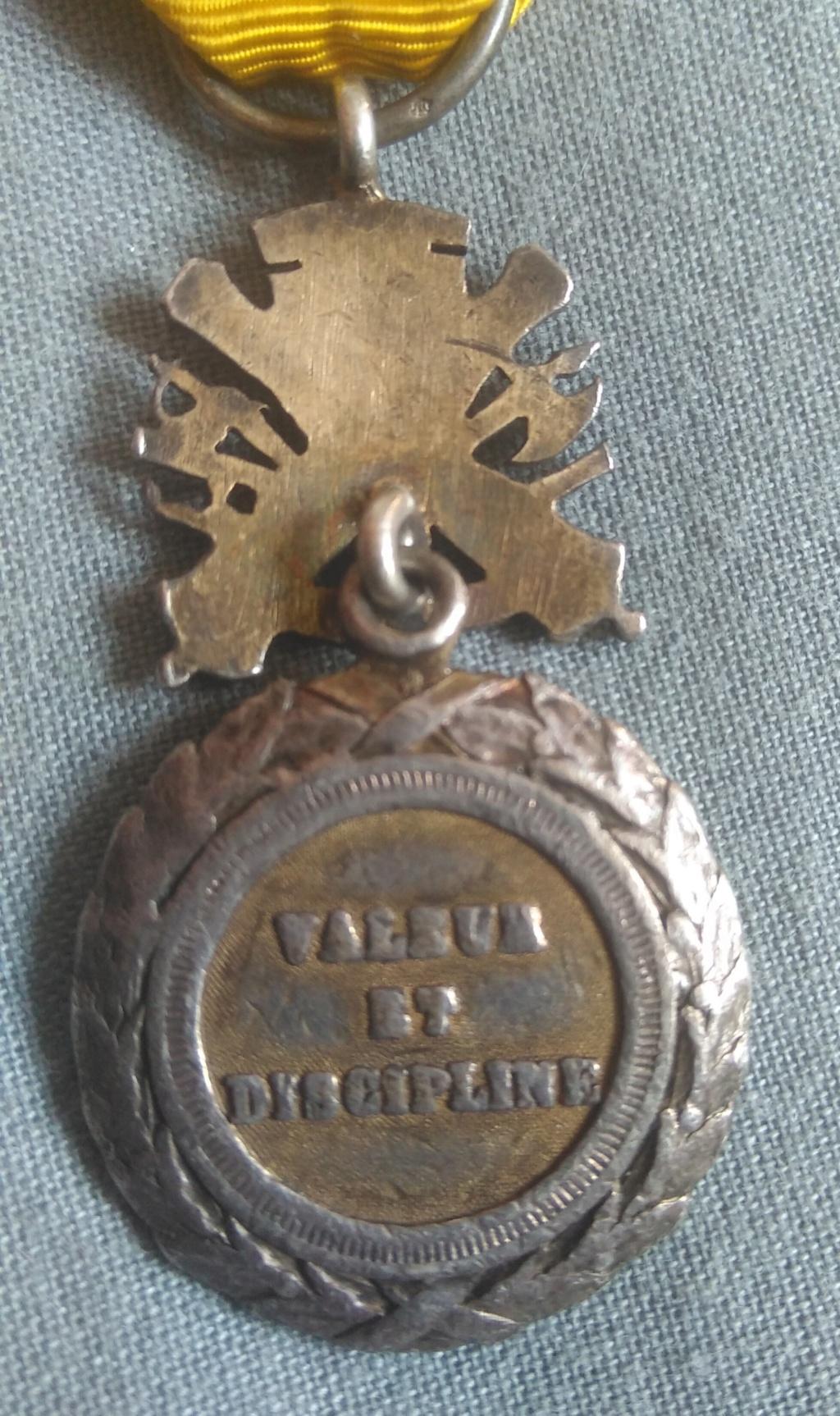 Médaille militaire Img_1989