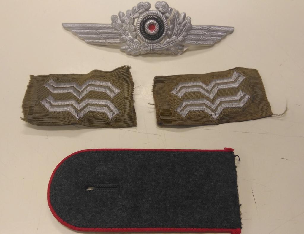 Divers insignes allemands et patte d'épaule Img_2427