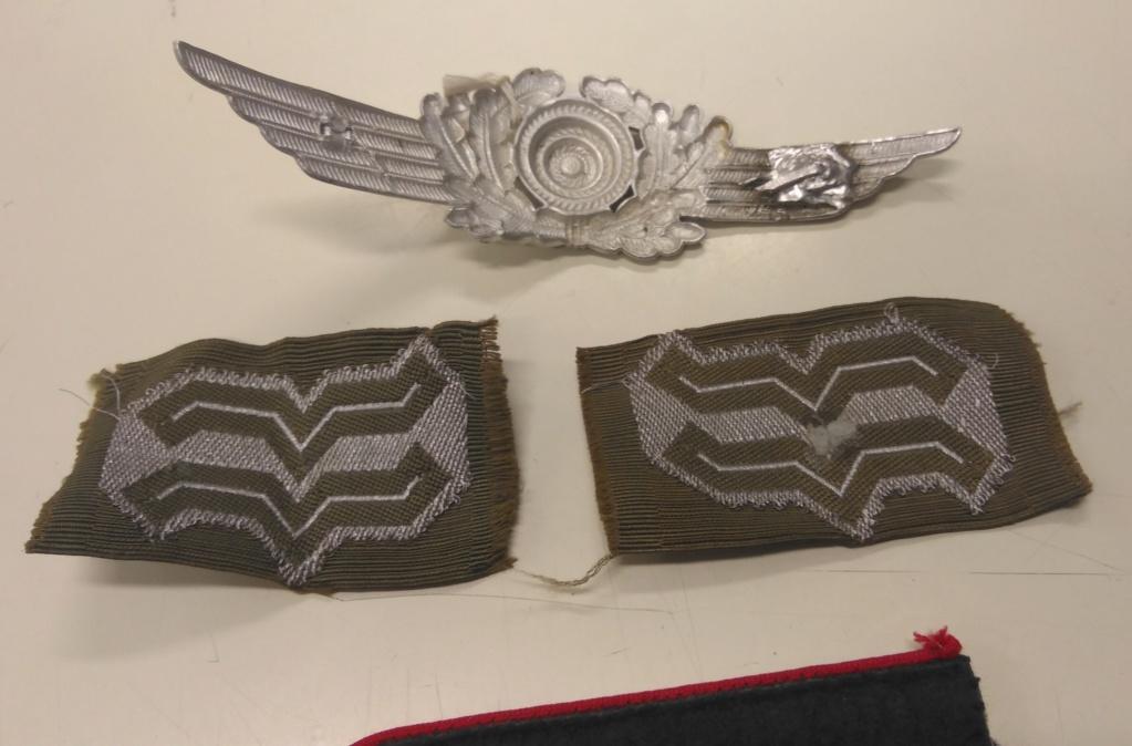 Divers insignes allemands et patte d'épaule Img_2428