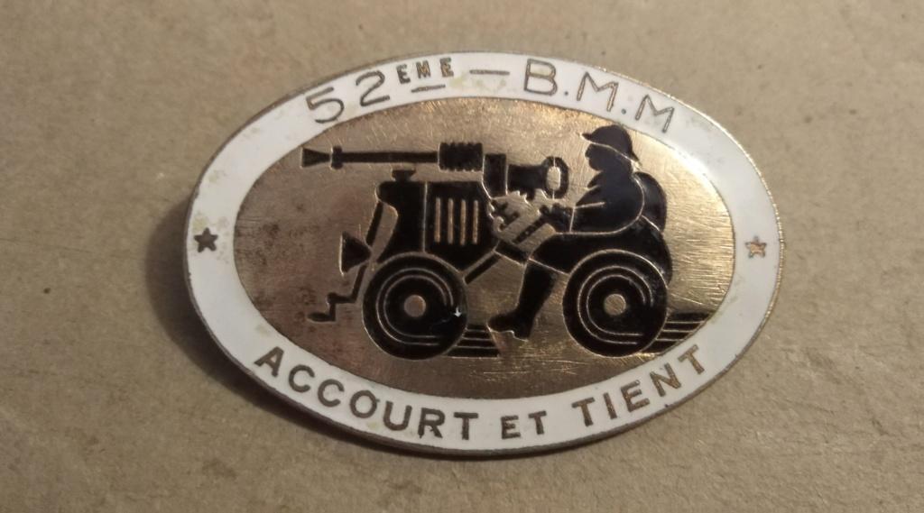 Insigne 52 ème bataillon de mitrailleurs Img_2540