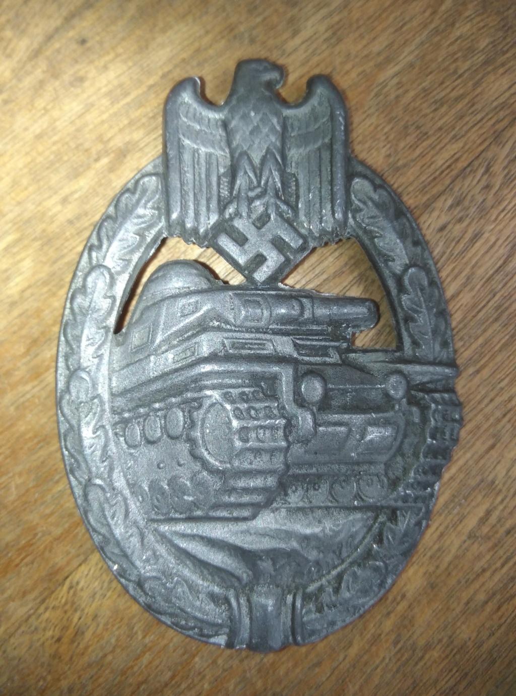 Badge panzer argent Img_3095