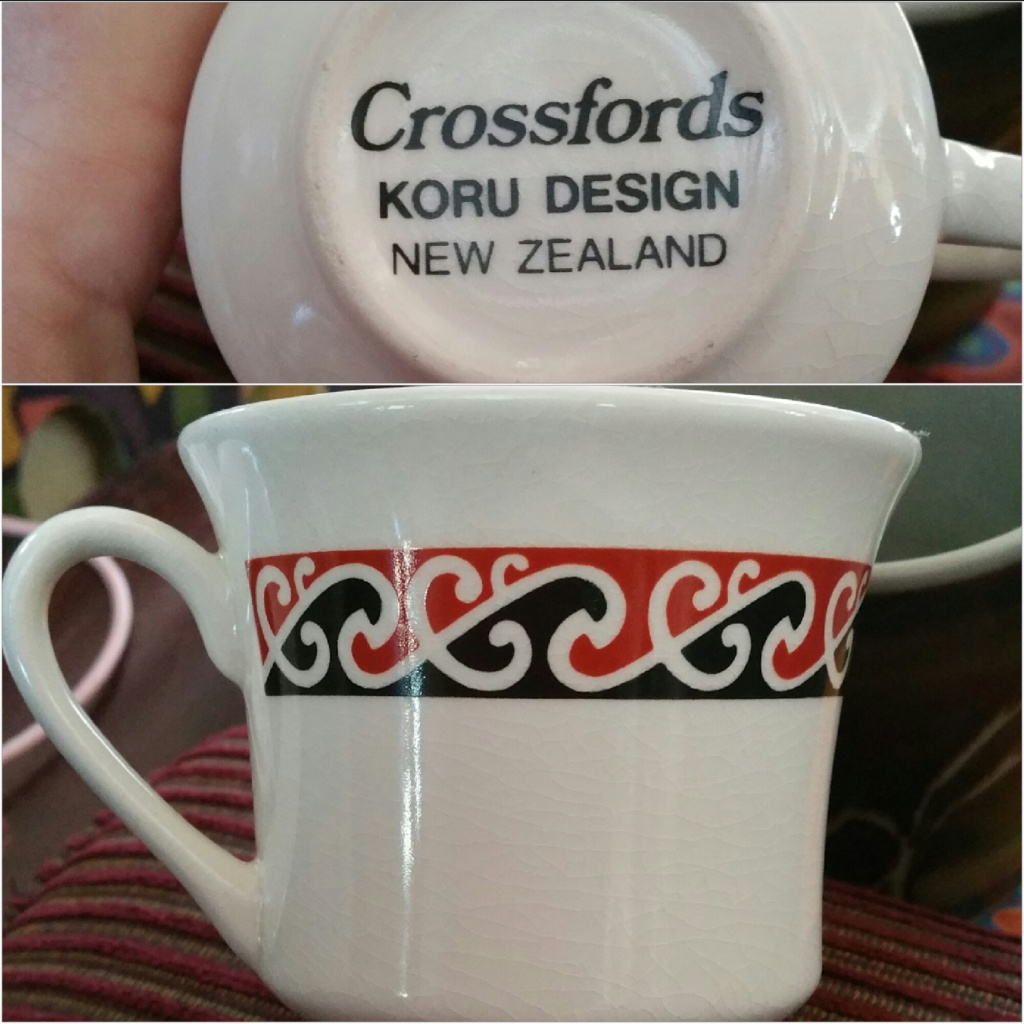 Crossfords dinnerware. 2018-013