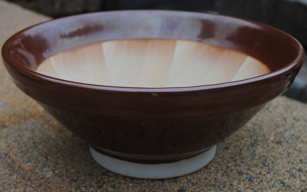 this is a Japanese suribachi  Dsc_9111