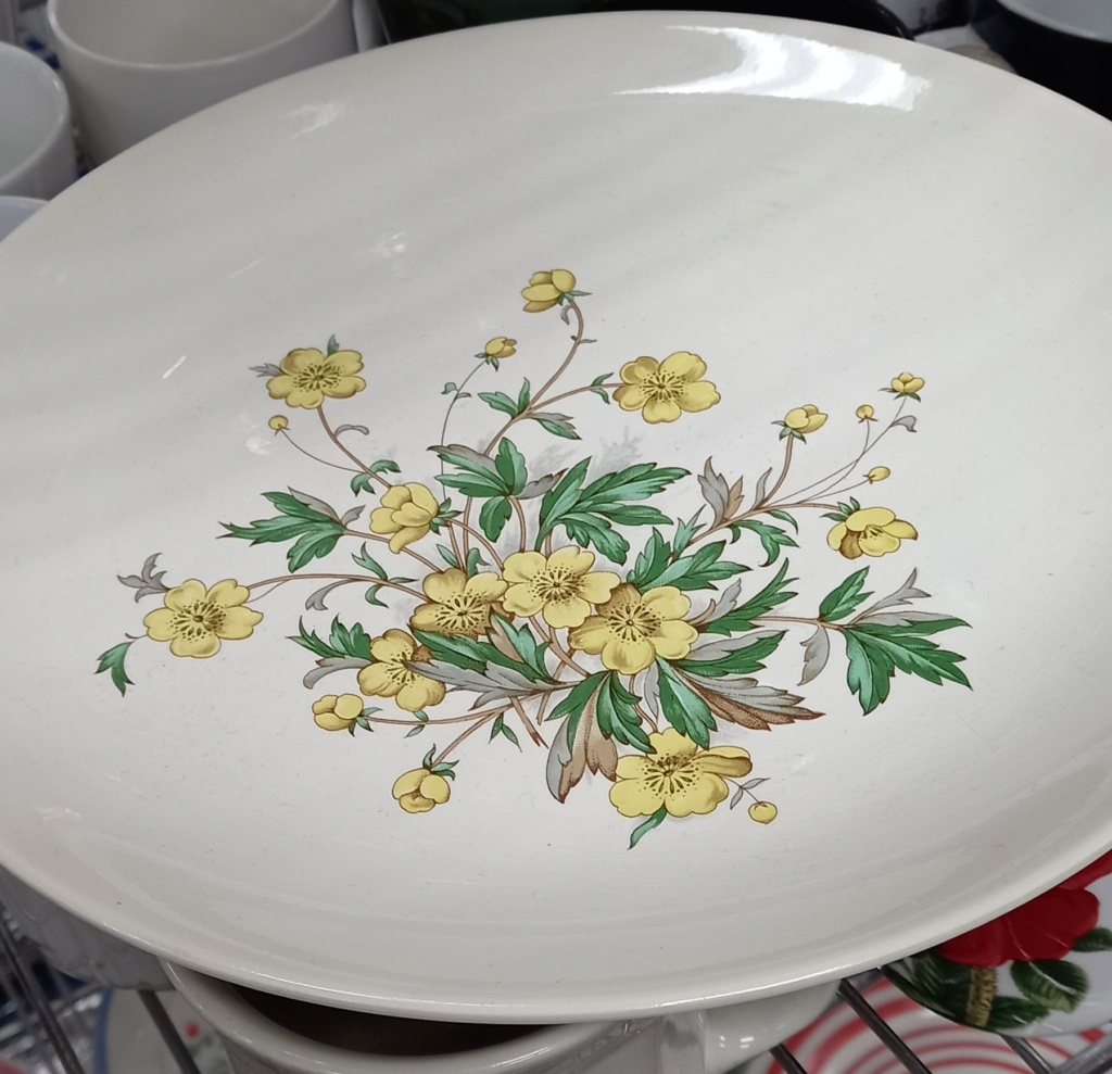 Yellow Buttercup Flowers - Kelston British backstamp Kelsto11