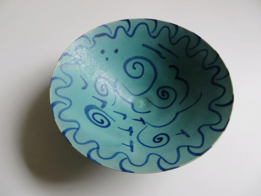 Stylized bird dish - Larnaca Studio, Cyprus - Cyprus Handicraft Services Img_0117