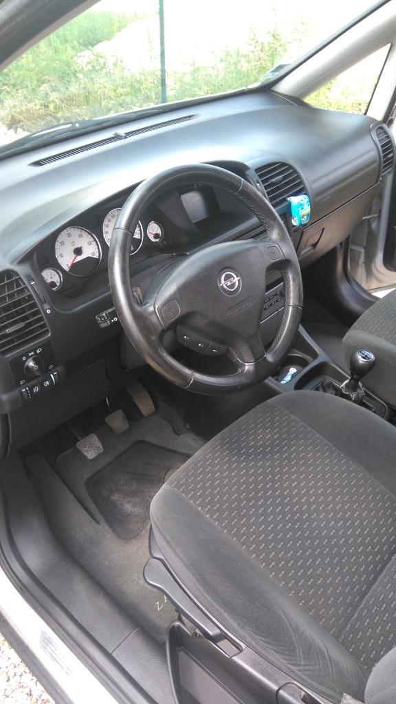 Mon Opel Zafira Dsc_1010