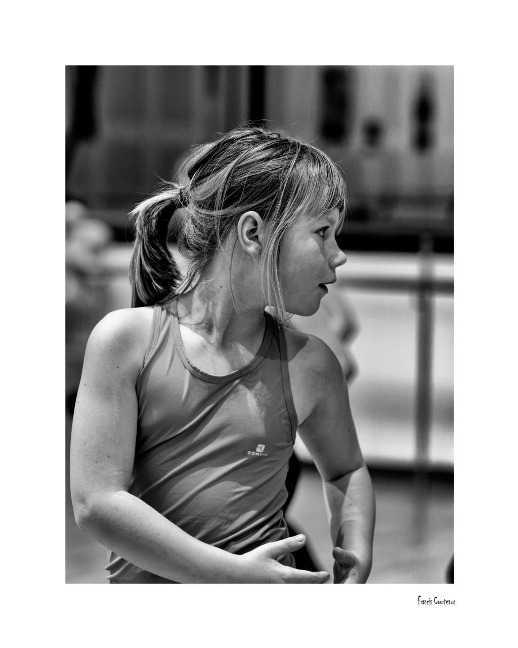 Préparation Danse Classique - Page 2 2v8-4010