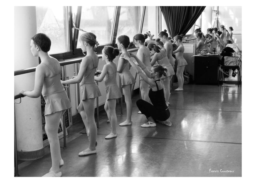 Préparation Danse Classique - Page 2 5h1-3010